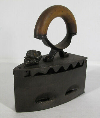Antique 1800's Sad Iron Charcoal w/Figural Tongue Out Lion's Head Restored 3 yqz