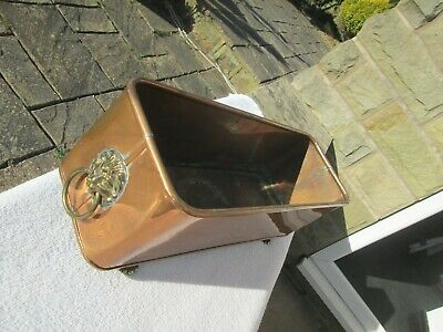 "VINTAGE COPPER TROUGH PLANTER SIGNED HAND MADE LION HEAD HANDLES, (17"" x 5.75"")."