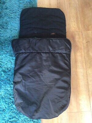 Universal baby carseat footmuff / cosy toes - black. Super warm!