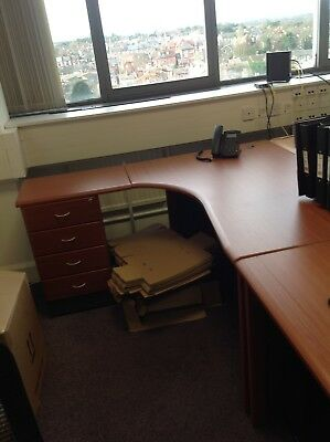 office desk with built in drawers Good condition.