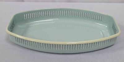 G1632: Nostalgia Bread Basket, Roll Basket, Place, Enamel, Pastel Light Blue