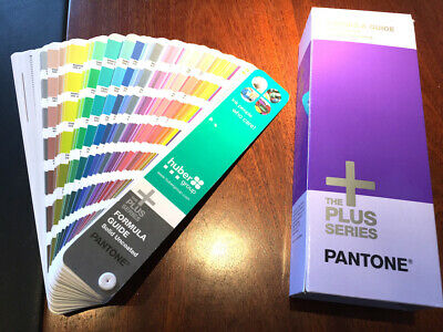 "Pantone Plus Farbfächer ""Solid Uncoated"" Top-Zustand"