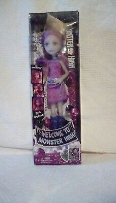NEW Welcome To Monster High Popstar Fang Ghouls Ari Hauntington Doll. NIB.