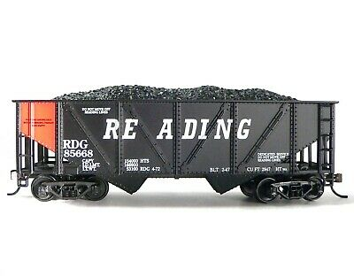 HO Scale Model Railroad Trains Layout MRC Mantua Reading 36' Hopper w/ Coal Load