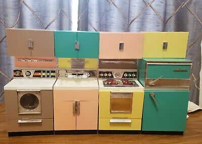 Vintage Barbie Doll Dream House Home Kitchen Set 1950's Deluxe Reading Corp NJ