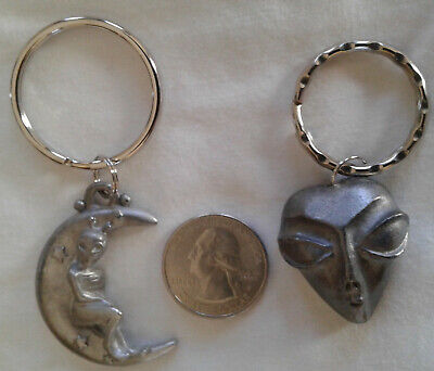 Lot of 2 - PEWTER - ALIEN - KEYCHAINS (Moon & Big Eyes)