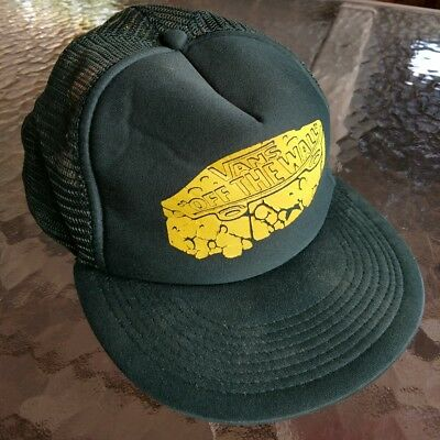 VANS OFF THE WALL Surf Patch Trucker Hat Mens Snapback Green Vintage Rare  Cool a3d7404c865