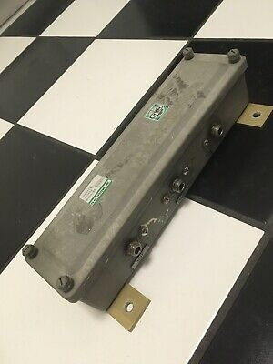 TXRX systems diplexer 80-05-04 tower top