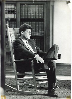 Jacques Lowe - John Fitzgerald Kennedy Rocking Chair - Automne 1958 -