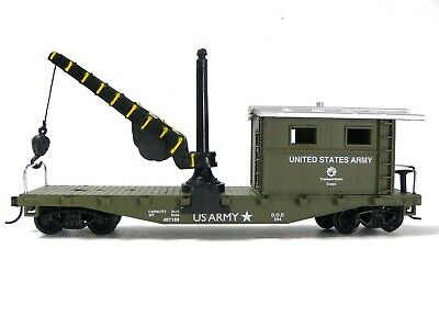 HO Scale Model Railroad Trains Layout US Army Maintenance Caboose w/ Crane 98195