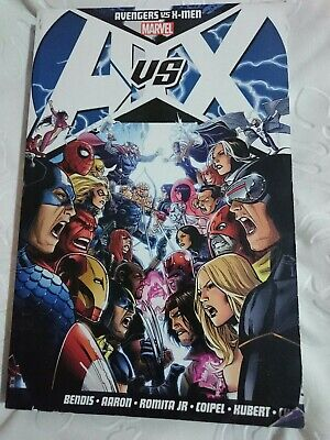Avengers Vs. X-men by Ed Brubaker, Matt Fraction, Brian Michael Bendis (Paperba…