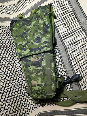 Canadian Forces CADPAT Camelbak Pouch Drinking System 3 Litre