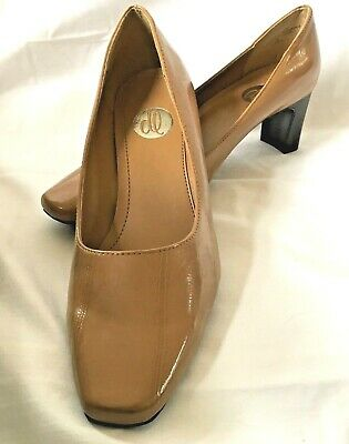 f43896e2277 Women s Donna Lawrence Size 8 M Camel Tan Pump Heel Shoes Stack Heels
