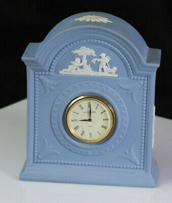 """Wedgwood Blue Jasperware 4.5"""" Mantle Clock With Children And Dog Preowned"""