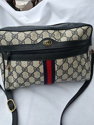 VINTAGE GUCCI CROSSBODY bag. Made in Italy. Blue. Excellent