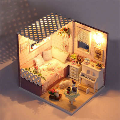 DIY Dollhouse Miniature 3D Doll House Kit Box Theatre Handcraft Gift Snow Dream