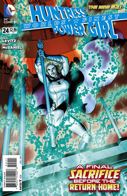Worlds Finest #24 The New 52 Power Girl Huntress
