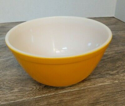 Vintage PYREX Nesting BOWL 402 MIXING Primary YELLOW 1-1/2 QUART