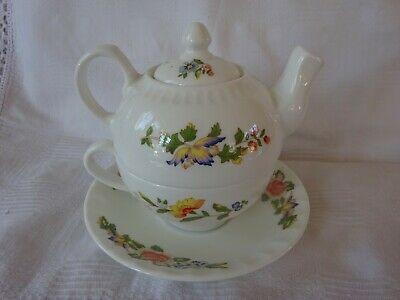 Aynsley Cottage Garden Tea for One - Individual teapot with cup and saucer