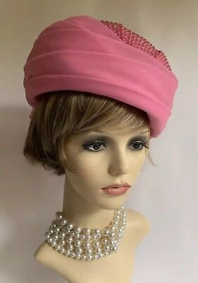 """Vintage 1960s Pink Turban Style Pleated Nylon Fabric & Weave Hat 22"""" Fully Lined"""
