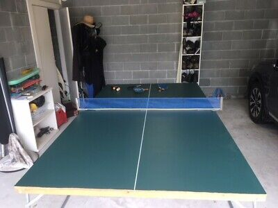 Foldaway table tennis table in excellent condition