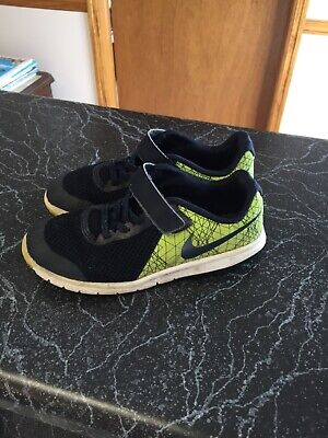 f07ea15e6a52 Boys Nike Flex Experience RN 5 Athletic Shoes Size 1.5 youth Navy Neon Green