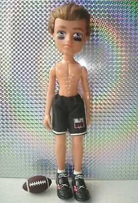 Bratz BOYZ Play Sportz Football Cameron Doll with Original Shorts Shoes & Ball