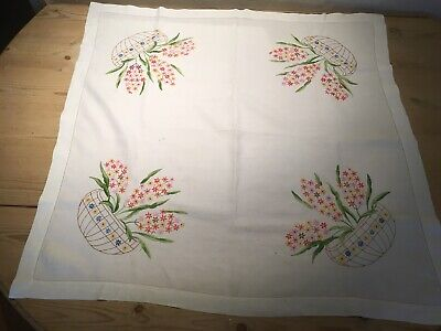 Vintage Hand Embroidery Tablecloth. . Bouquet Of Flowers. White Linen