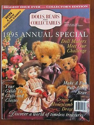 Dolls, Bears & Collectables -1995 Annual Special Pull-Along Bear Honeycomb Dress