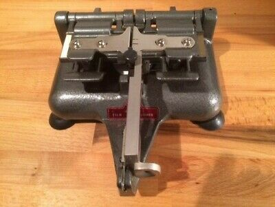 Premier Senior Deluxe Automatic16mm film splicer