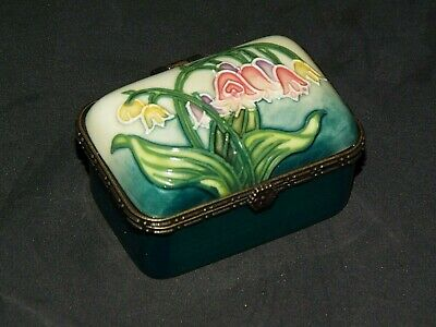 Old Tupton Ware Floral Hand Painted Tube Lined Hinged Trinket Box Tw1220