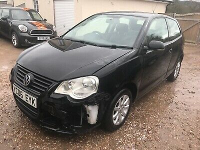 2006 Volkswagen  Polo Se Tdi  Salvage Damaged Repairable Driveaway
