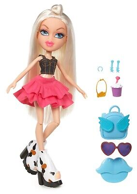 "Bratz ""Hello My Name Is Cloe Doll RRP £14.50"