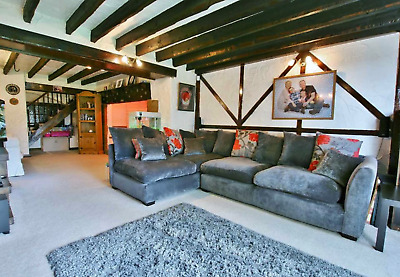 Bloody Awesome 3 bed house in Dronfield! VERY HONEST DESCRIPTION