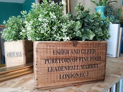 Small Vintage style wooden Crate