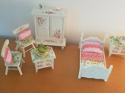 miniature doll house furniture set shabby chic style( 6 pieces)