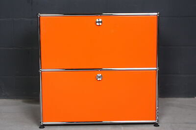 USM Haller knalliges Design Sideboard Regal 2 Fächer 2 Klappen Orange 75er Breit