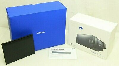 Samsung Gear VR Virtual Reality Headset - SM-R323NBKAXAR - NEW - Free Shipping