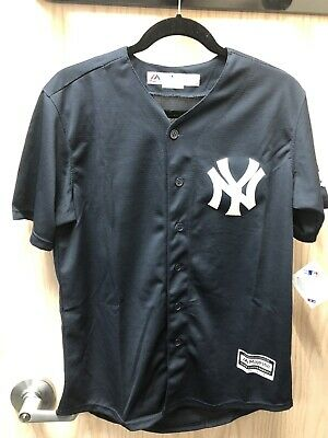 f3382053f Aaron Judge New York Yankees Youth Large 14 16 Navy Majestic Cool Base  Jersey