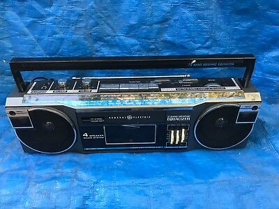 GE General Electric 3-5625A Cassette/Tape AM/FM Radio Ghetto blaster Boombox