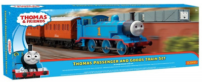 Hornby R9285 Thomas & Friends Thomas The Tank, Passenger And Goods Train Set OO