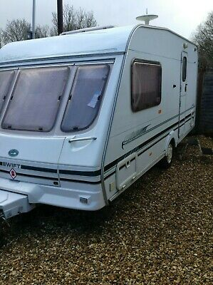 swift archway 2 berth caravan end bathroom 2000 motor mover awning excellent