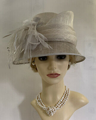 HAT BOX Ivory Natural Fibre Hat With Feather Side Detailing Wedding Church Races