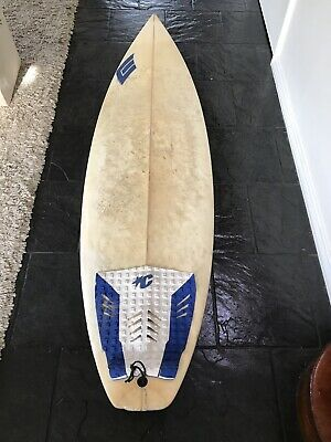 "Surfboard 6'2"" with FCS M3 Fins (alone m3 Cost $65)"