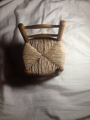 Vintage Of Wooden Shaker Small Chair For Sit Down Dolls.Condition New.