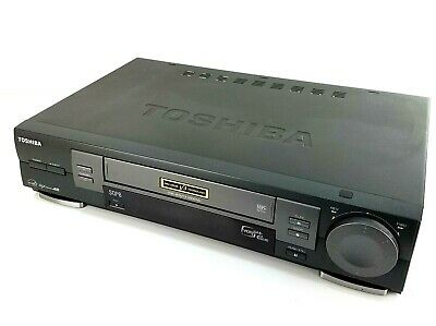 Toshiba Video Cassette Recorder VHS VCR Player W-704