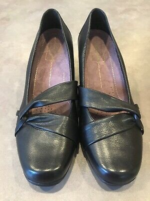 aa816023e4ce Clarks Everyday Womens Leather Black Pumps Heels Active Air Cushion Size  8.5W