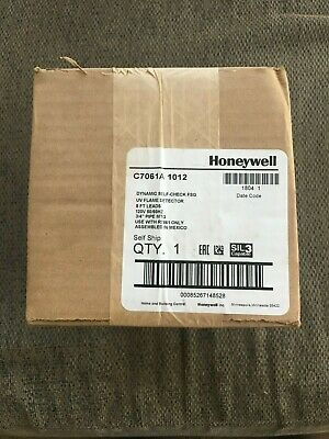 Honeywell C7061A1012 UV Flame Detector - NEW FACTORY SEALED BOX