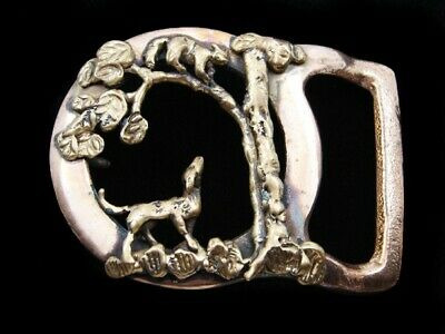 RD13170 VINTAGE 1970s **DOG CHASING RACCOON UP TREE** SOLID BRASS BUCKLE