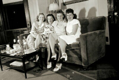 Vintage PRETTY BRUNETTES Negative 1940s GIRLS NIGHT POSE